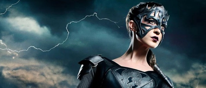 "Supergirl 3.22 Synopsis: ""Make It Reign"""